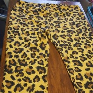 Lularoe TC leggings cheetah